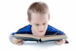 小学阶段的孩子开始学习小语种会太早吗?