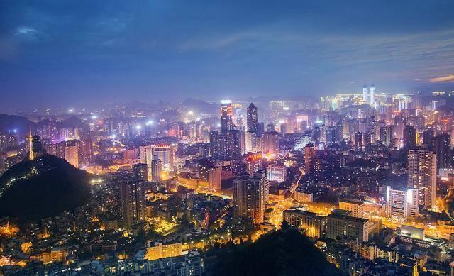 """贵阳区gdp_贵州""""最有潜力""""的城市,GDP突破3000亿,有望成为下一个贵阳"""