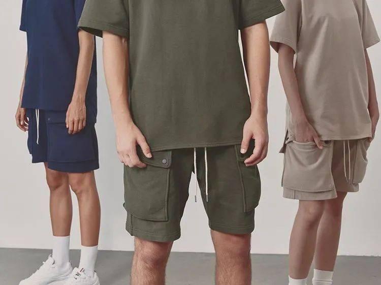 夏天除了牛仔短裤,还有这3种短裤也是潮男们最爱搭配的款式!