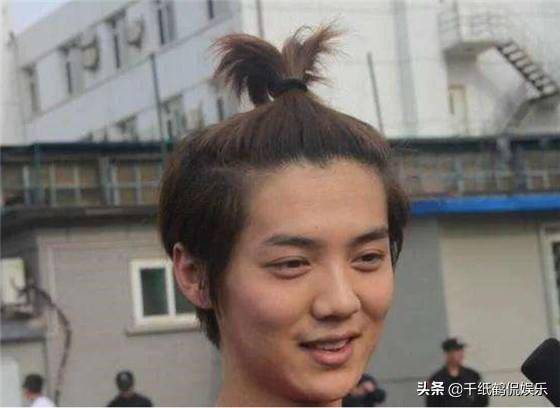 男星卸妆后,王一博没有差别,李现太Man,终于相信肖战快30岁了