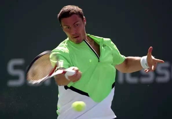 <strong>也谈正手击打网球的发力</strong>