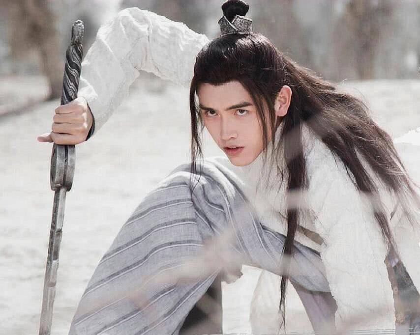 天醒之路:剧情漏洞,刘松能承受六魄之力?燕秋辞为何放过刘松?_路平