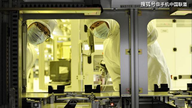 原创 意料之外?日本对韩实施出口管制重创日本材料商业务