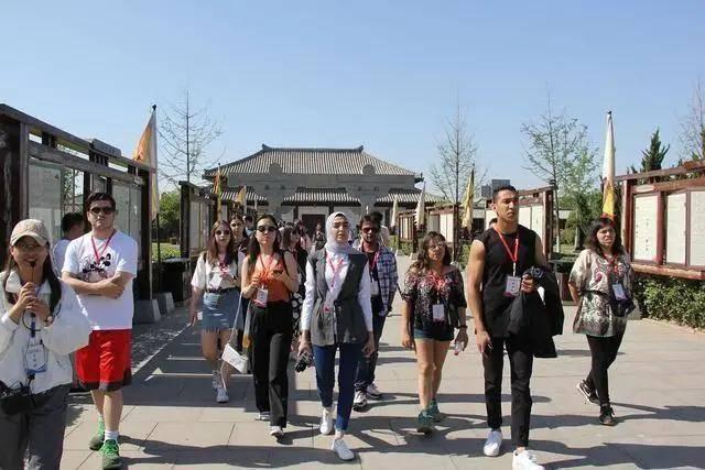 防范国际高考移民,来华留学生不能高人一等