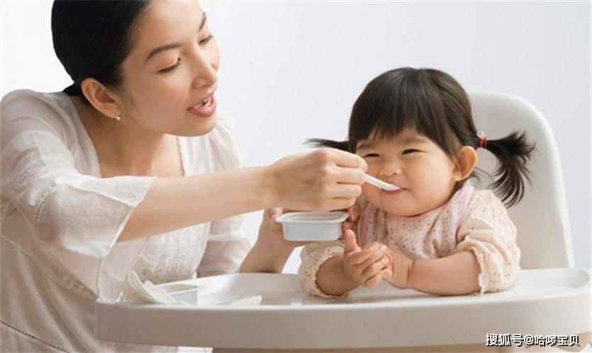 """原创7个月宝宝体重23斤,配方奶粉加米糊,妈妈炫耀""""胖娃""""反被批"""