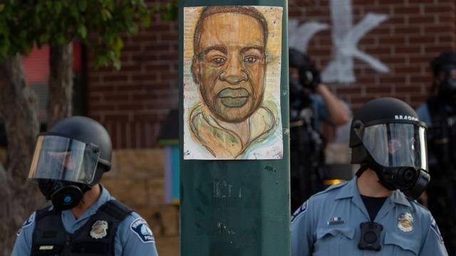 原创 美国死亡黑人生前用了张假钞被报警,店主后悔了,再也不会报警了