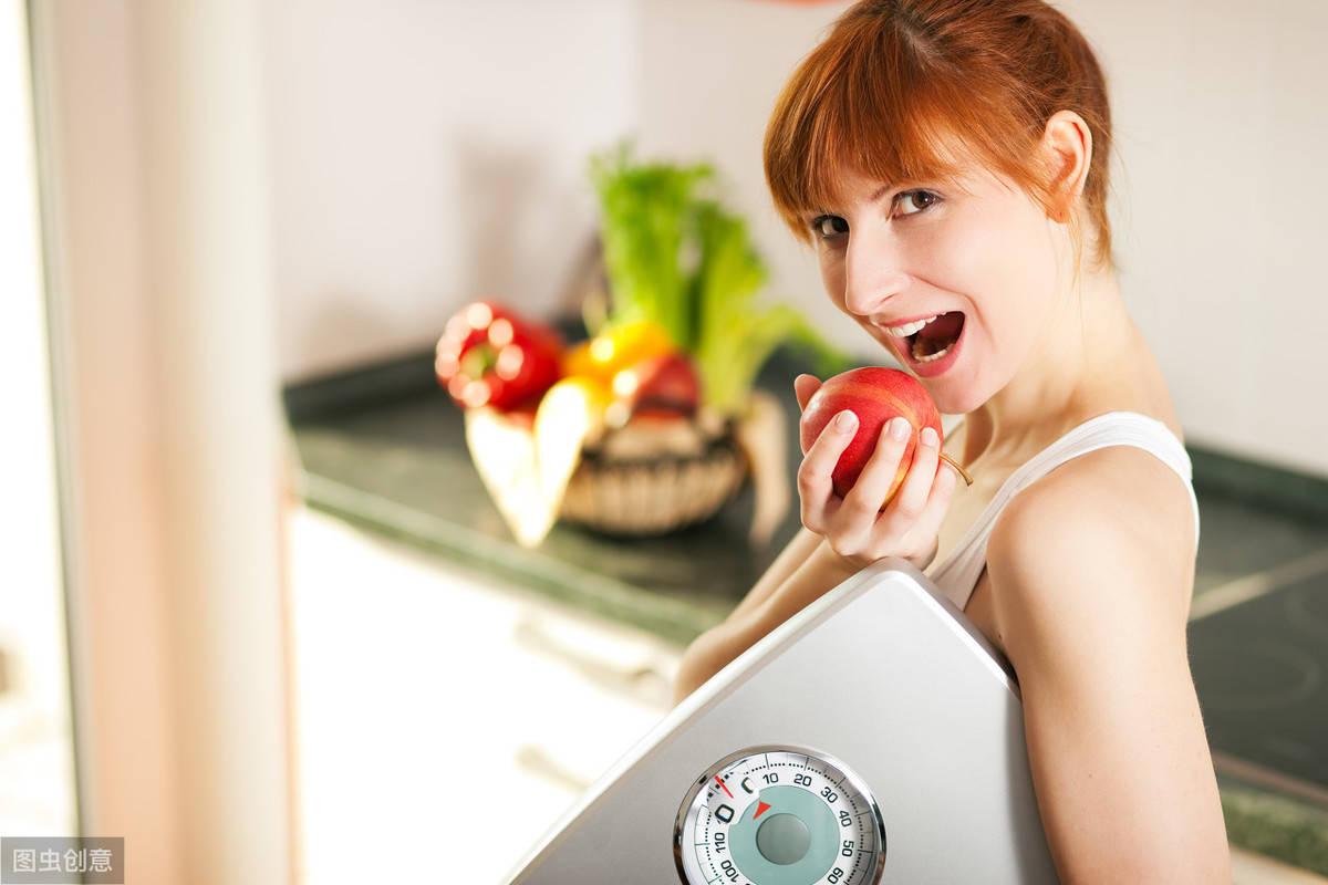 晚餐怎么吃才能瘦下来?坚持4个原则,30天体重下降5斤!