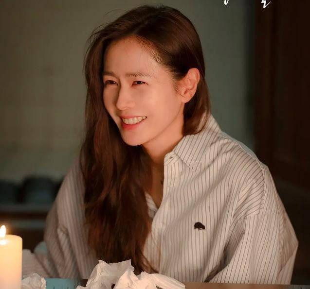 年近40的孙艺珍,为何还是如此的美丽动人?