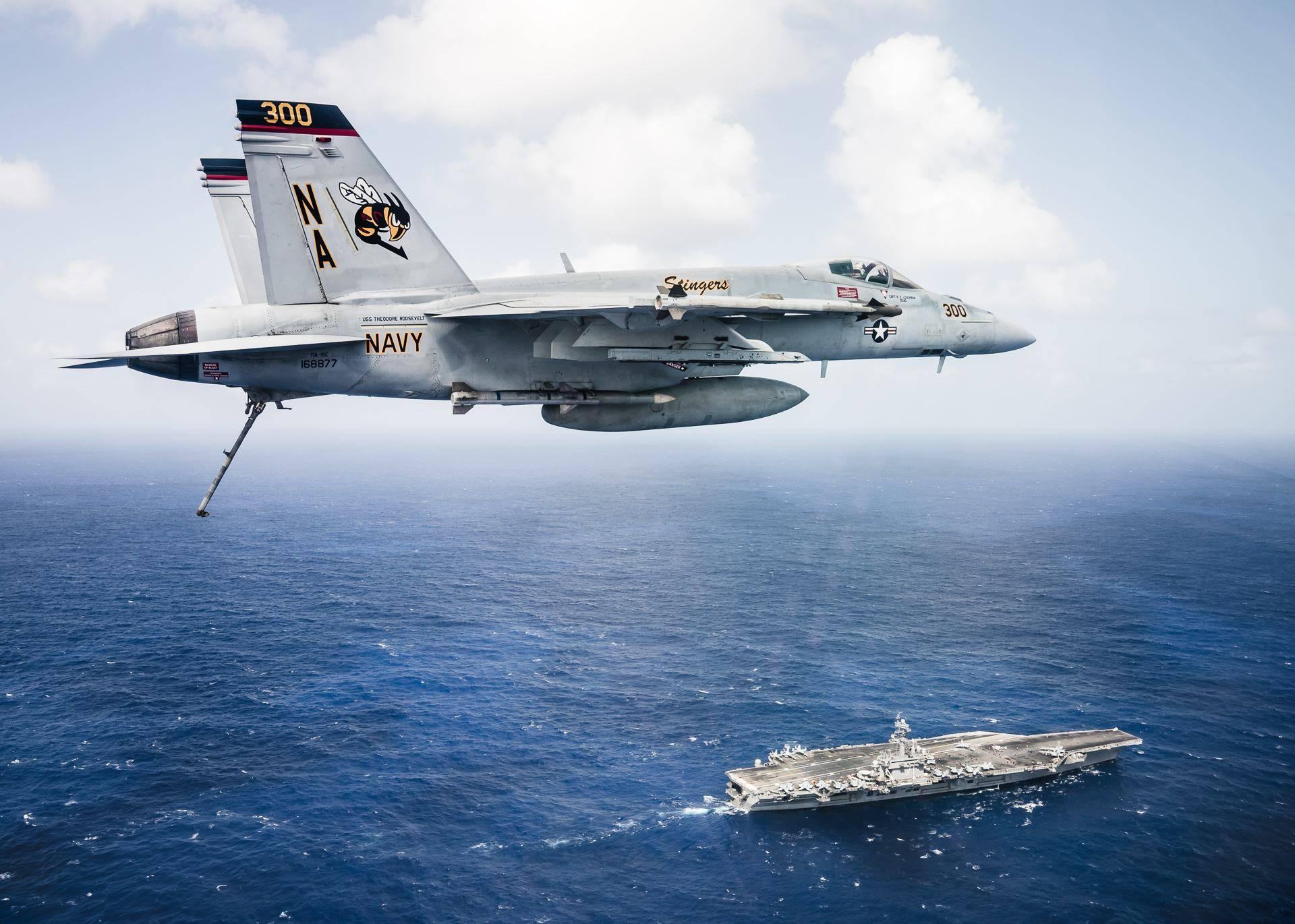 以前没卫星,战机怎样才能准确找到航母并降落,难