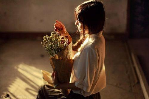 情侣之间语言沟通:污到爆的情话,污到你下面滴水的句子