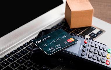 信用卡逾期未偿近千亿!不少用户套现还款,央行:加强监管_庄和闲