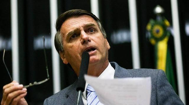 墓地都不够了,巴西为安葬新冠肺炎逝者,将三年前遗体挖出_庄和闲
