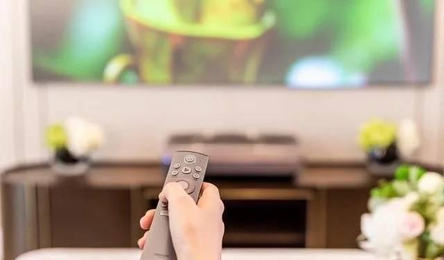 跳出客廳舒適圈,海信激光電視的大屏布局,你買單嗎?