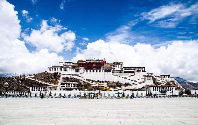 前四月西藏社会消费品零售形势良好