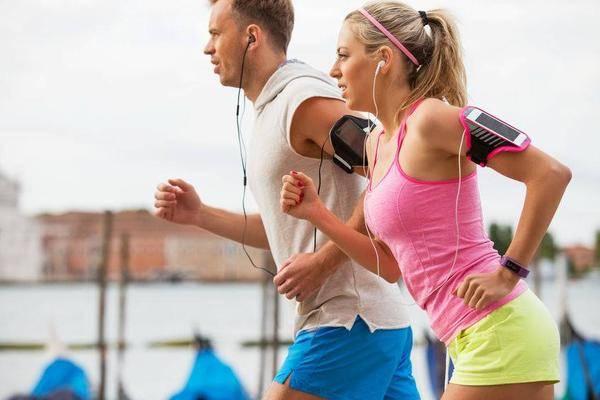 """医生提醒:这个动作比跑步还""""毁膝盖"""",别忽视,你也中过招 营养补剂 第1张"""