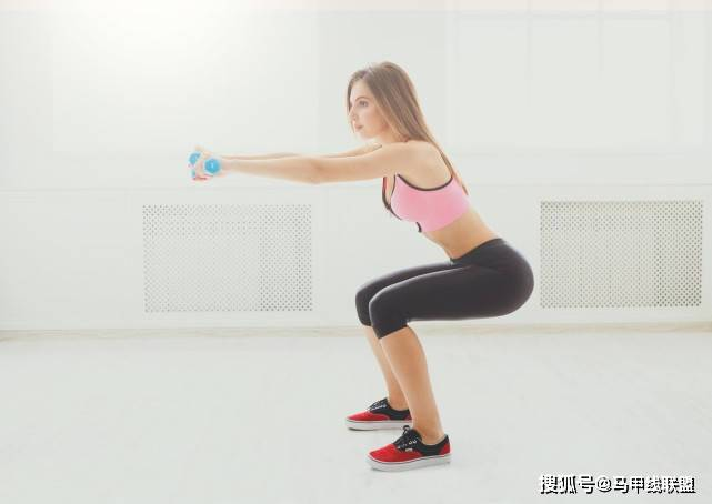 坚持深蹲1个月,给身体带来什么好处?又会发生什么变化? 锻炼方法 第1张
