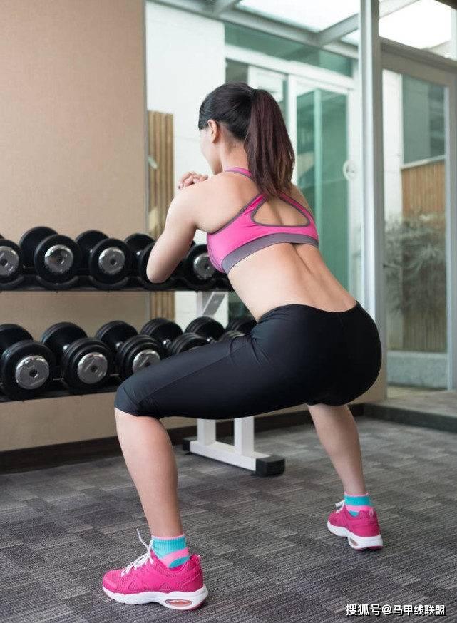 坚持深蹲1个月,给身体带来什么好处?又会发生什么变化? 锻炼方法 第3张