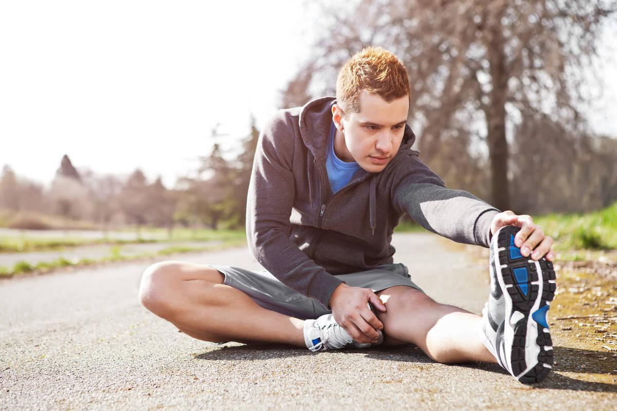 你能够摸到自己的脚尖吗?如何提高身体柔韧性? 减脂食谱 第3张
