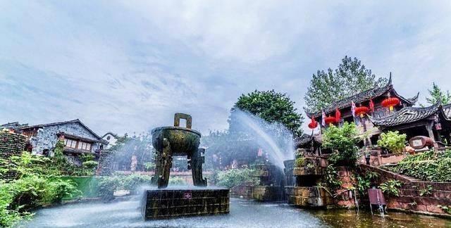 夏日炎炎成都游,成都市这个省级风景名胜区中心值得一游