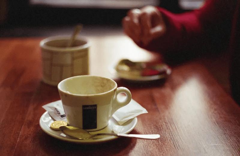 为什么有人喝了咖啡反倒更困?怎样喝咖啡才可以提神醒脑又减肥 减肥方法 第9张