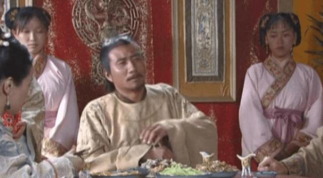 饭菜里有头发,朱元璋很生气,事情很严重