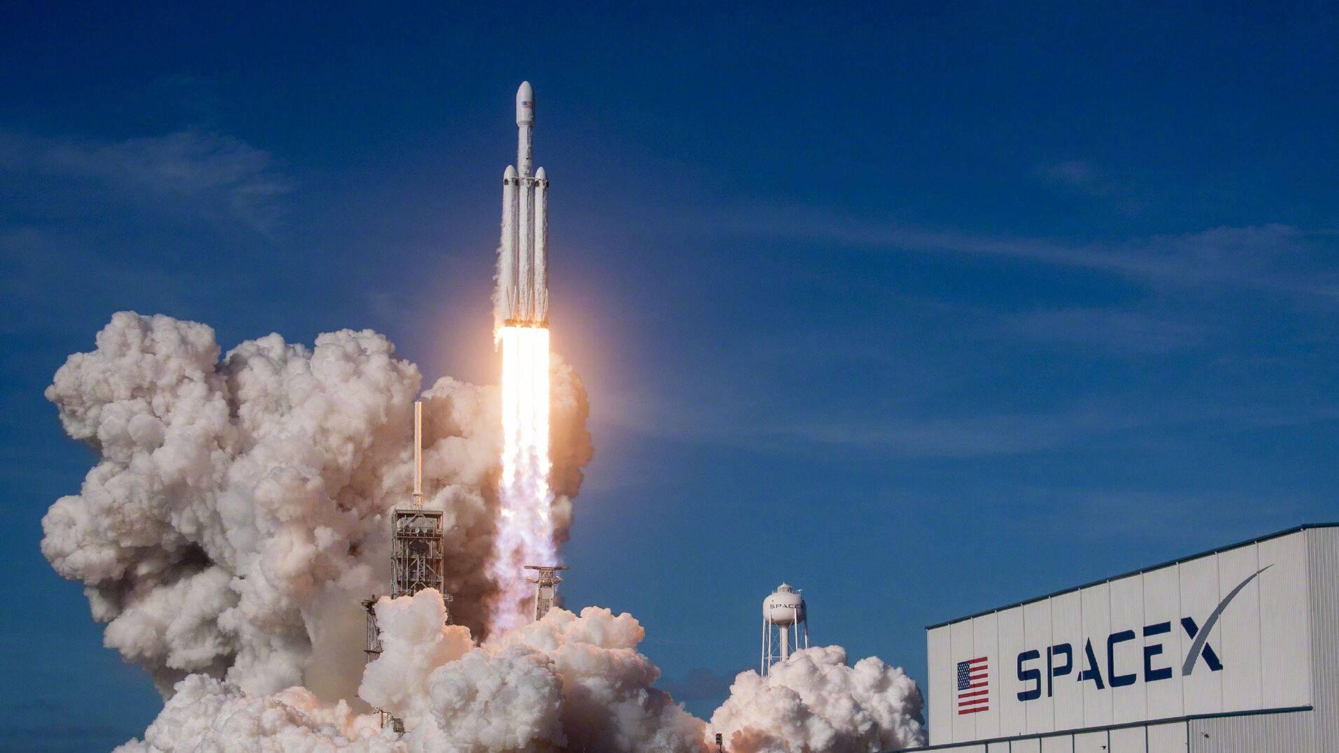 """【马斯克""""导师"""":SpaceX可在2030年之前将人送上火星】"""