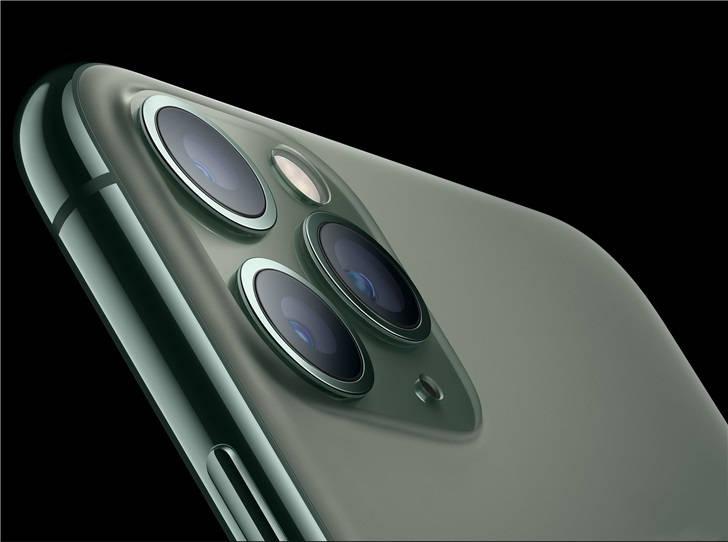 苹果iPhone 12将采用成本高昂的8p镜头,手机出货高峰将推迟至10–12月