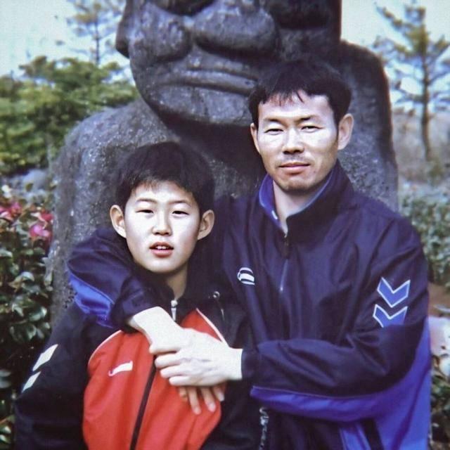 孙兴慜父亲告诉你,什么是差异化竞争?死抓两点让儿子成世界球星