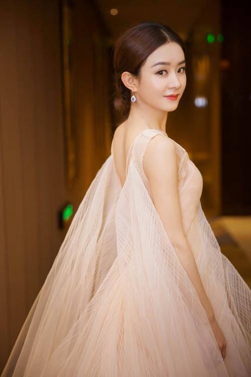娱乐圈学历低的5位明星,赵丽颖不是最低,她只有小学学历