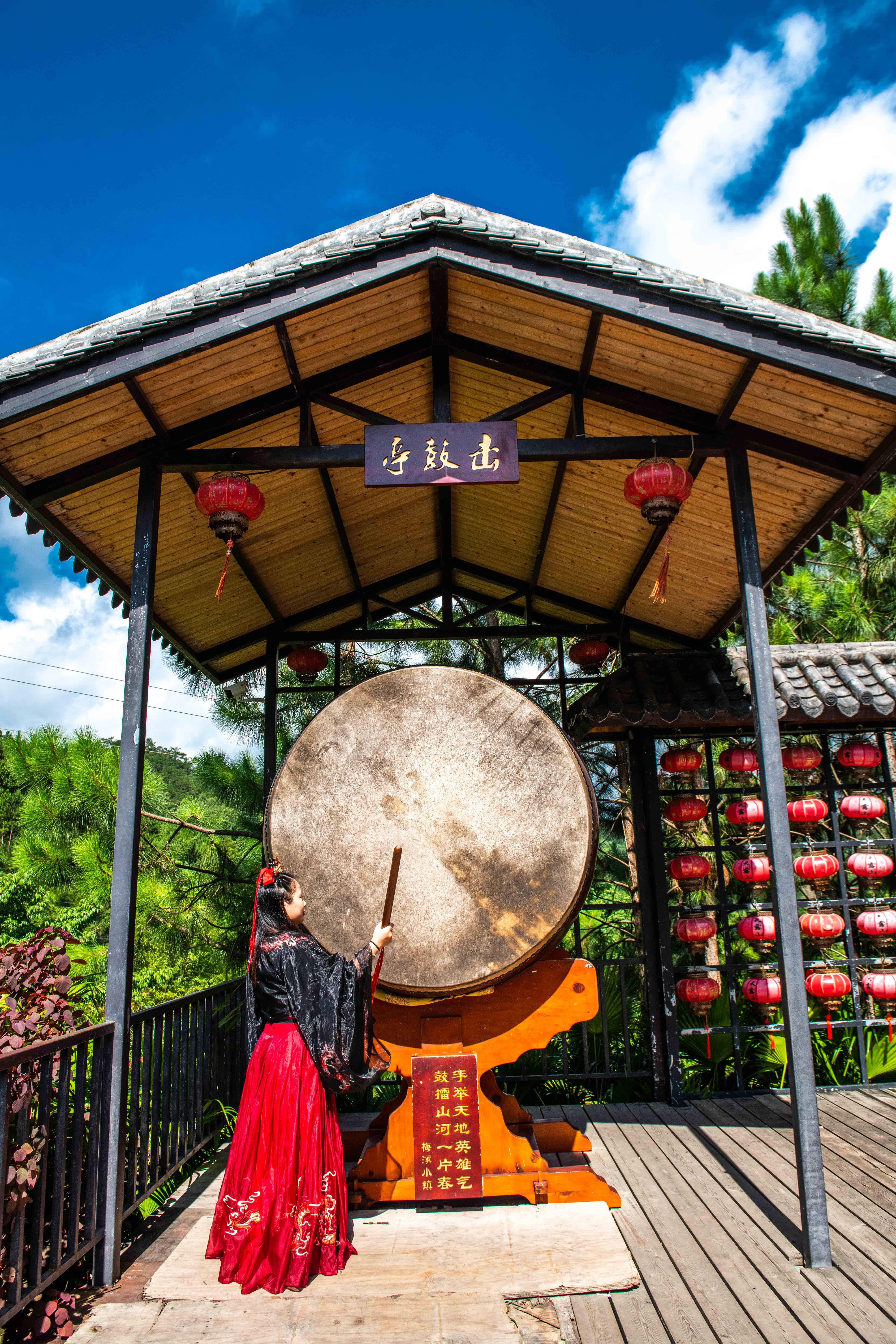 夏季广东旅行该去哪儿玩?这个景区的漂流你敢来尝试吗?超刺激!