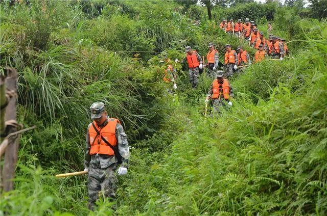 贵州铜仁多地遭特大暴雨(图5)
