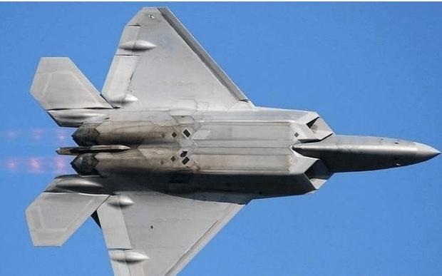如果把歼2O的发动机装到F22身上它还能超音速巡航吗?
