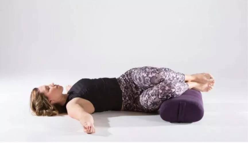 十个阴瑜伽体式,让你告别亚健康状态,越练越年轻_身体
