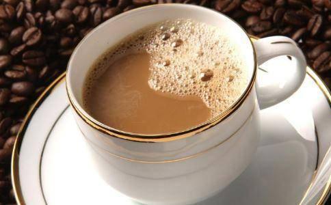 喝咖啡会骨质疏松?每天喝咖啡与很少喝咖啡的人,哪种体质更好?