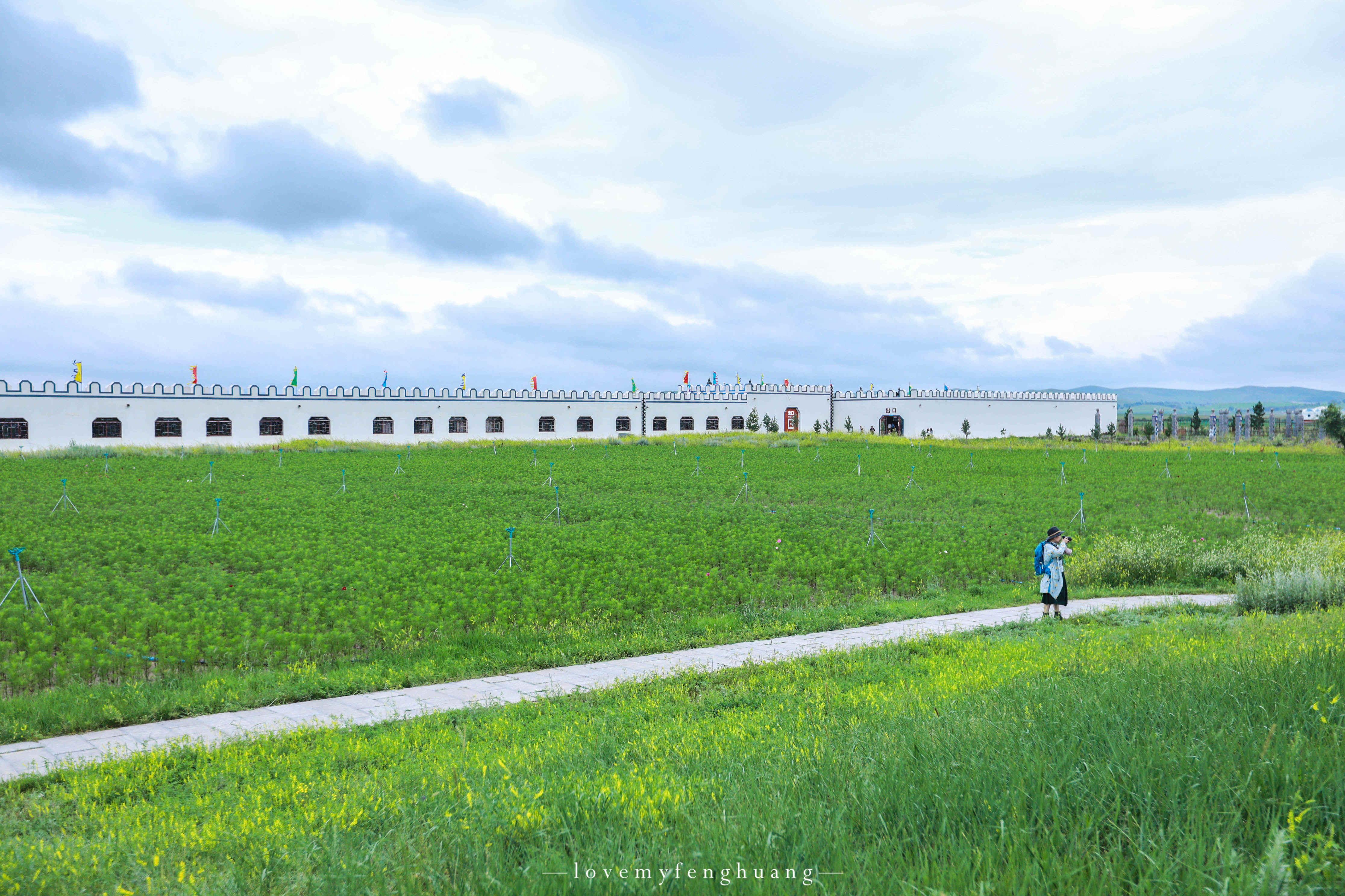 原创             河北省的避暑胜地,夏天不到24℃,京北第一草原上规模最大的景区