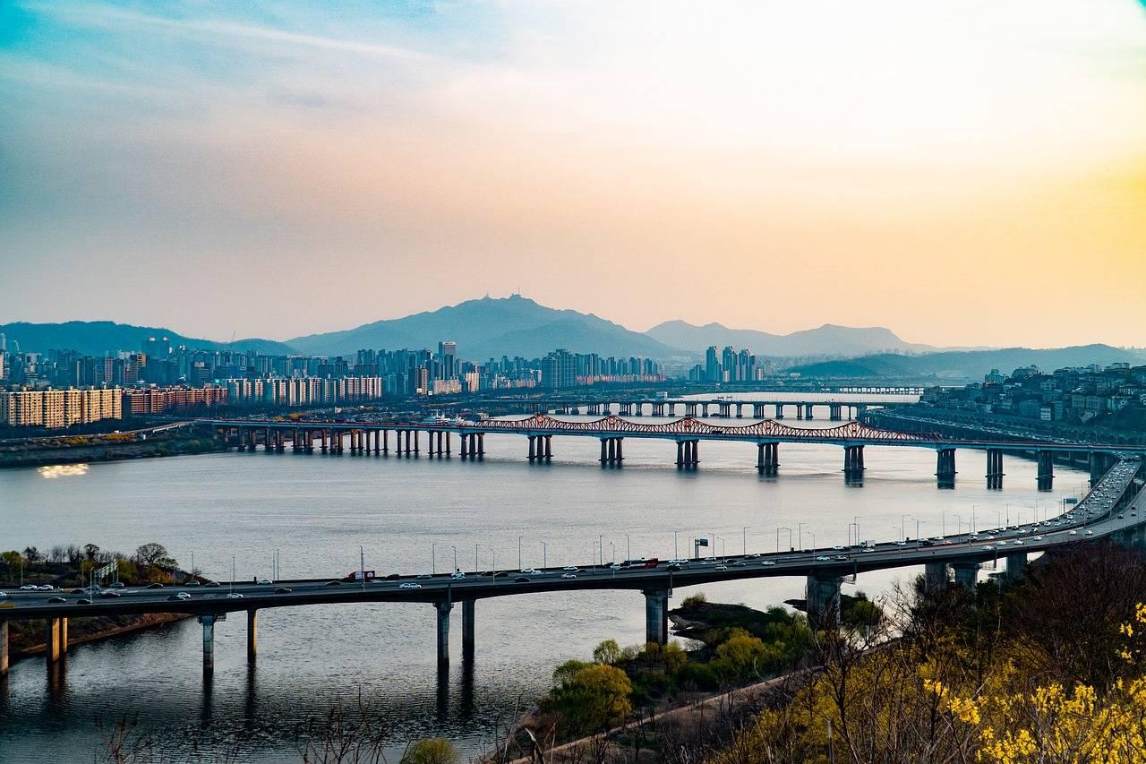 韩拟对买房不住的人加征20%购置税?韩国调控房价到底能多拼?