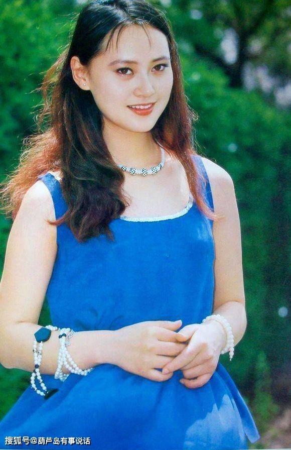 大宋佳,小宋佳,两个人年龄相差18岁,你更喜欢哪个宋佳?
