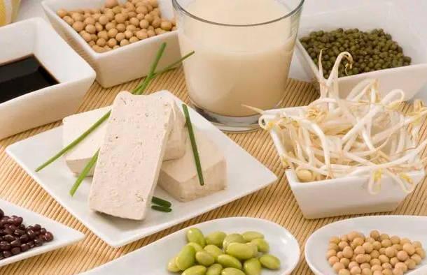 """豆制品是减肥的好食材?建议避免几道""""假素菜"""" 比韭菜更容易长胖"""