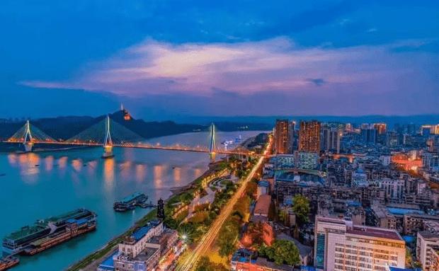 湖北面积最大的三座城市角逐:恩施、十堰和宜昌,谁的潜力更大?