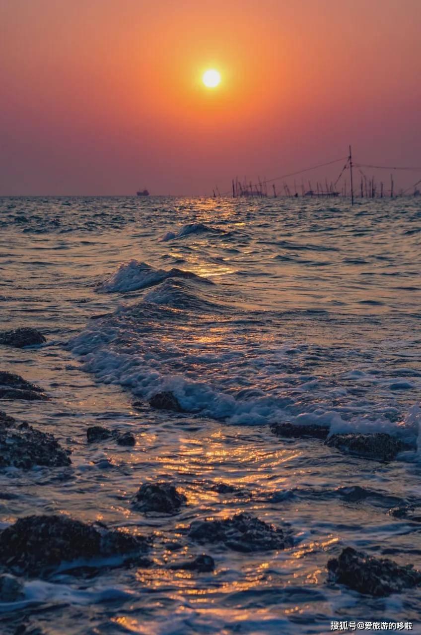 中国南海震撼开渔!这座海滨老城,景美人少海鲜便宜到爆