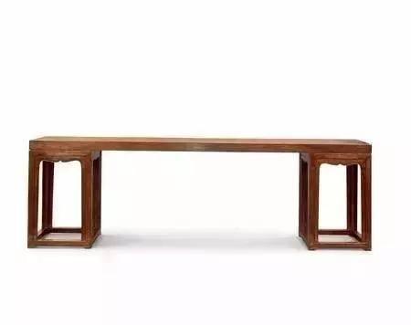 单面红木家具更有收藏价值。 红木家具上