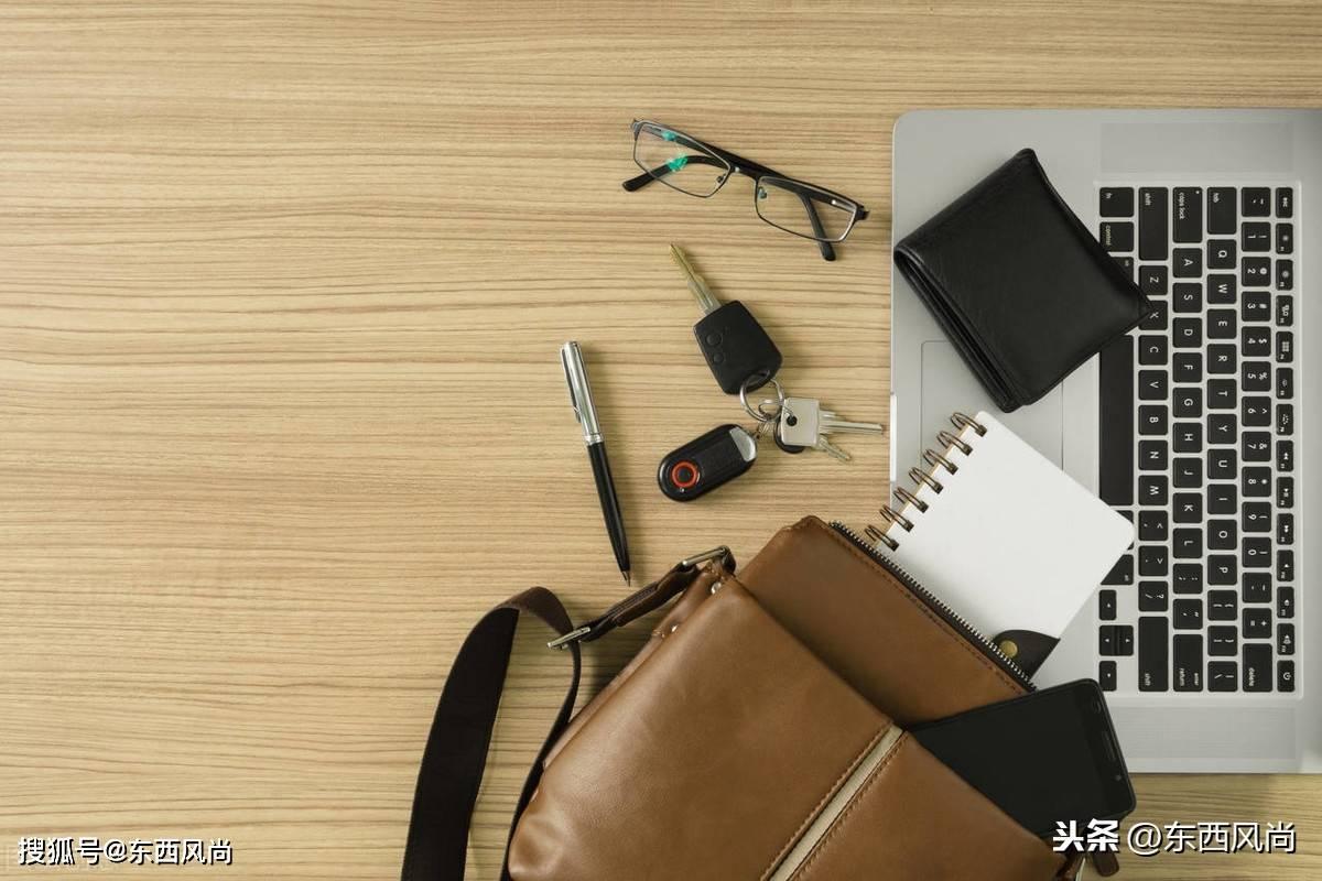 """可不要小看了包的作用,不只用于存放个人物品,还是""""门面担当"""""""