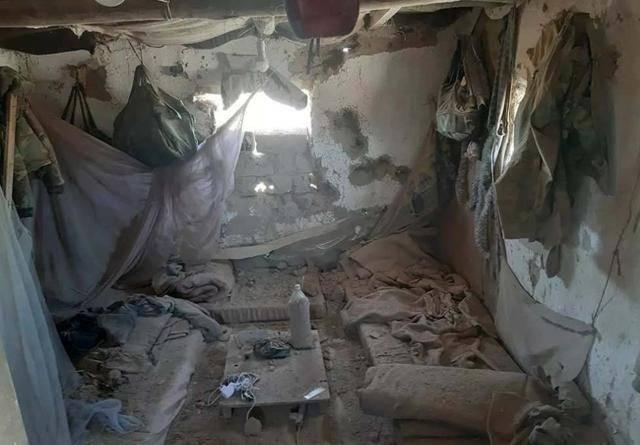 叙军哨所遭暴力拆迁,俄军精心策划为盟友出头?美军装甲车被撞伤