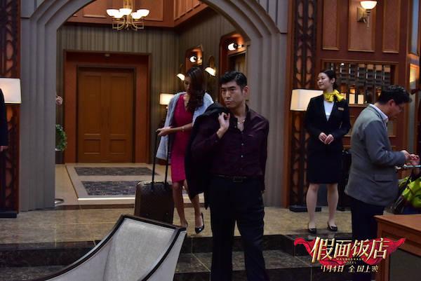 在银幕情侣电影《假面饭馆》中,木村拓