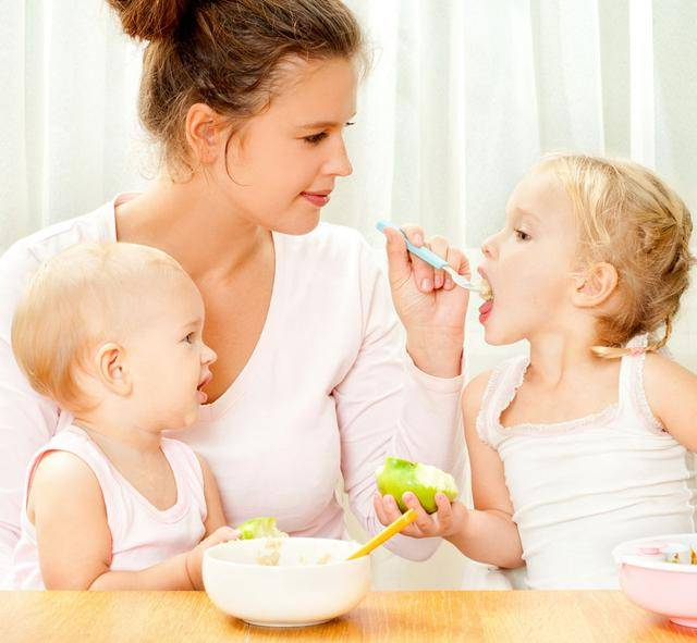 <strong>妈妈的这3种行为,容易导致宝宝发育迟缓</strong>