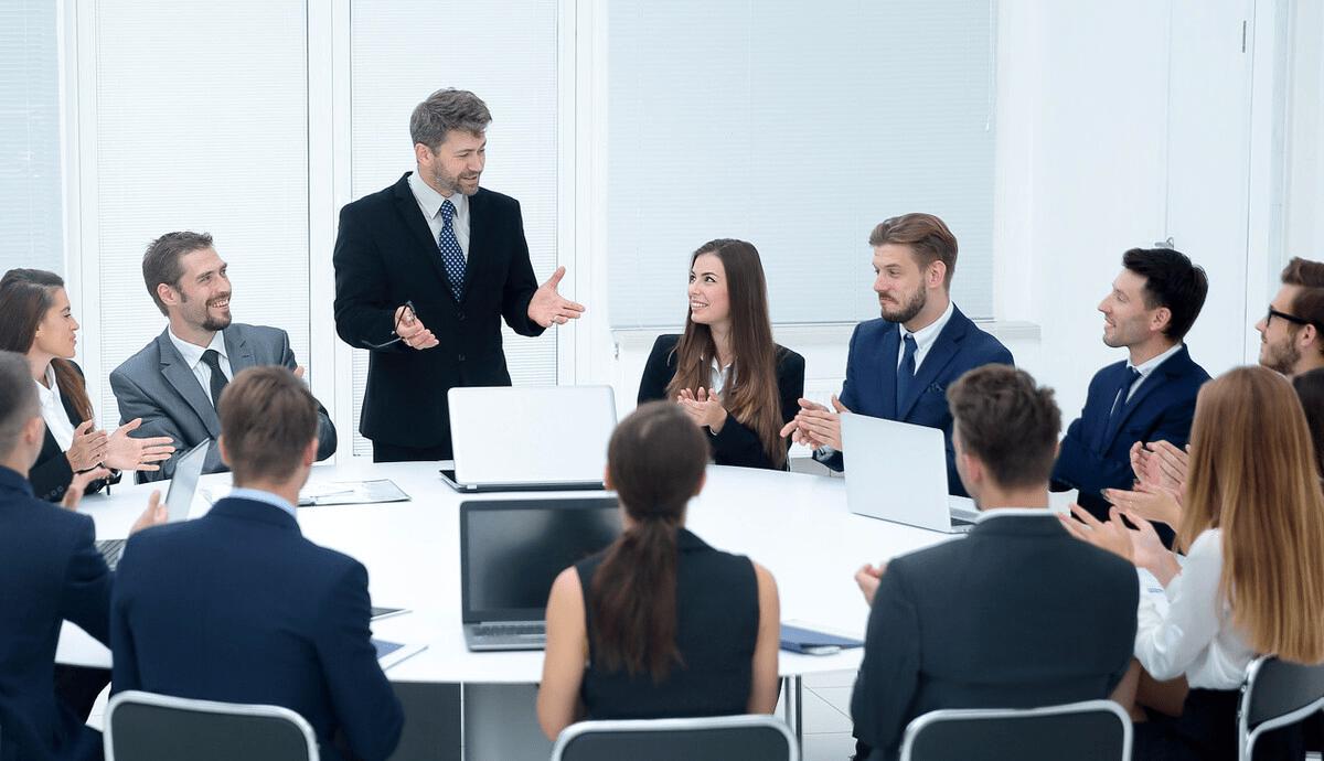 领导管人管事的8个招数,学会后,员工佩服到五体投地