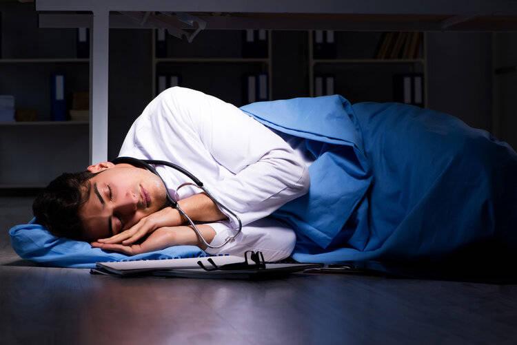 解剖了5516例猝死者遗体,医生告诉你,心脏最怕你做这两件事