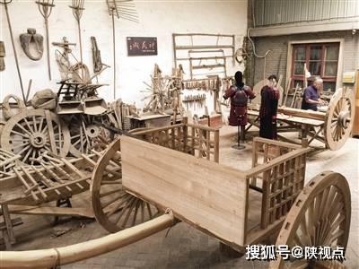 3年跑遍全国博物馆收集资料,68岁木匠复原2000年前战车