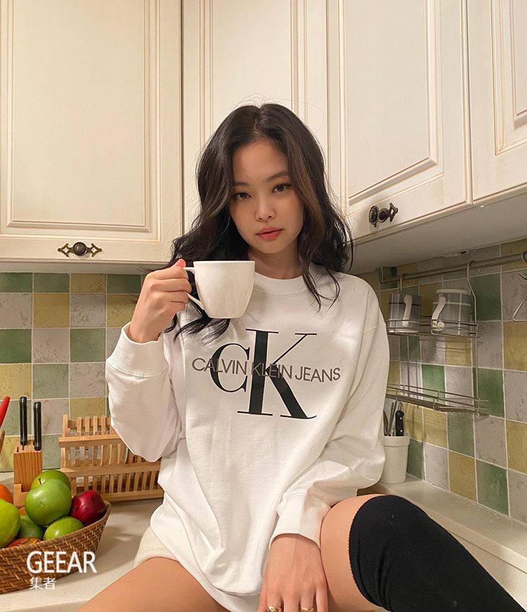 原创             因为这张照片Jennie获CK品牌官方认证人间CK!