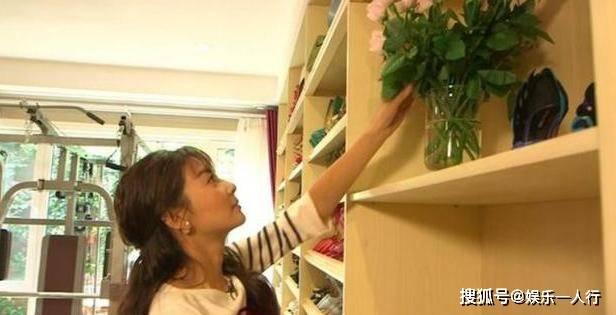 32岁张雨绮豪宅:家里鞋柜比人还高 拿鞋还要搬梯子